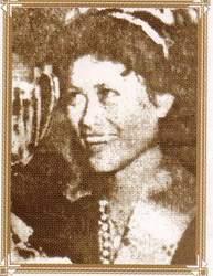 Unduk Ngadau (Named Miss Kadazan back then) 1960, won by Yong Mee Lan. Photo via jasonjay.blogspot.com